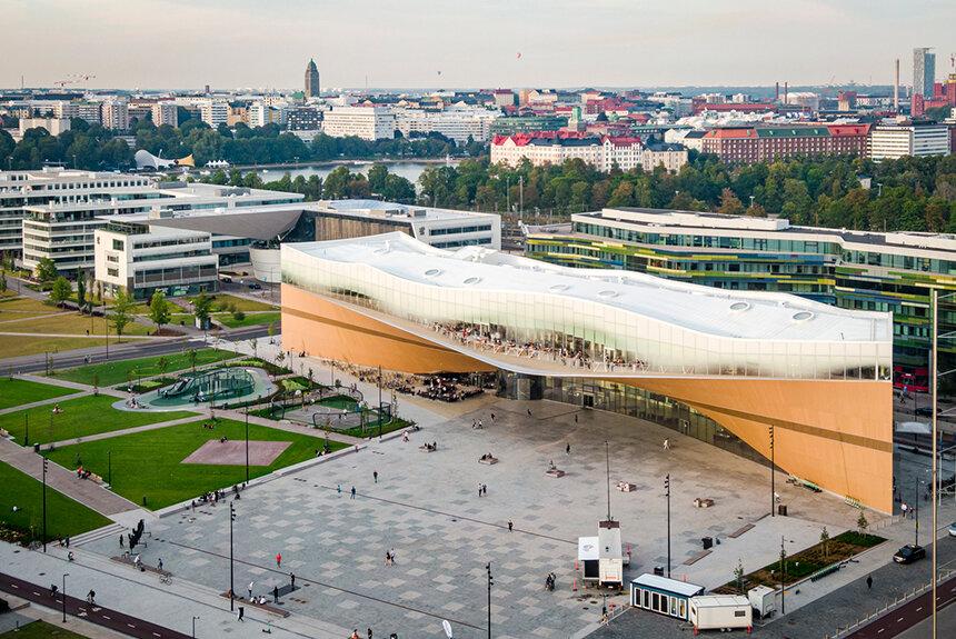 読書好きが多いフィンランド 市民にとって公共図書館はどんな存在?