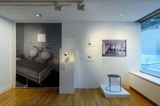 展覧会では、アルヴァ・アアルトによる初期の代表作のひとつ、結核患者のための療養所『パイミオのサナトリウム』の展示も 撮影:上野則宏 写真提供:世田谷美術館