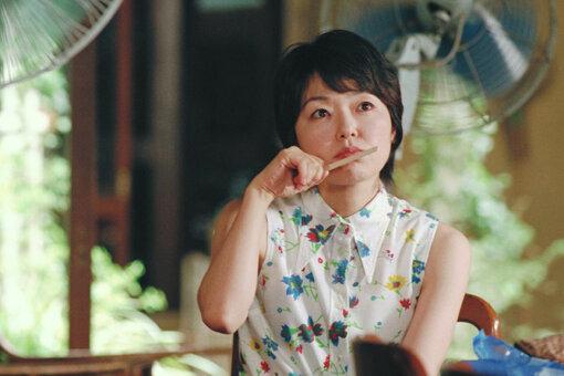 小林聡美演じる主人公の基子 ©NTV
