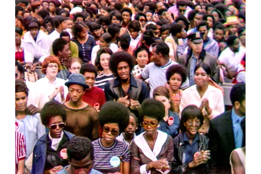 蘇る50年前NYの歴史的フェス。黒人文化と誇りを祝福する記録映画