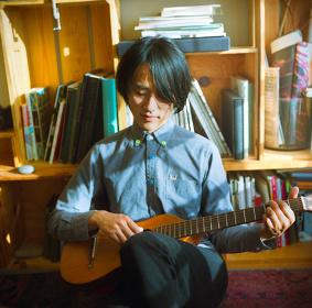 小島ケイタニーラブ Photo by 朝岡英輔