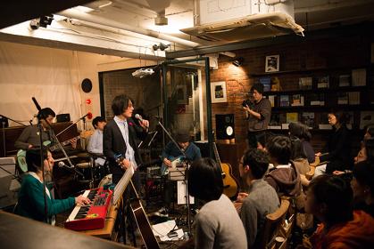 『ラブナイト』過去公演より Photo by 朝岡英輔