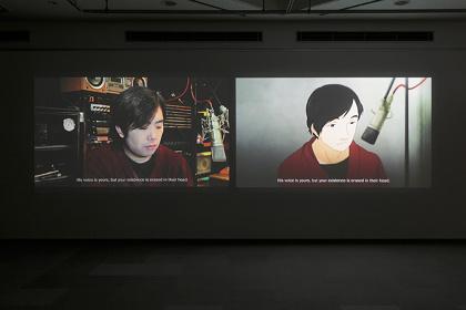 百瀬文『The Recording』ビデオ・インスタレーション 13分41秒 撮影:椎木静寧 ※参考作品 ©MORI ART MUSEUM All Rights Reserved.