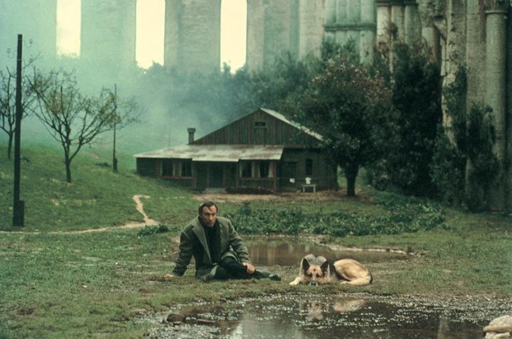 『ノスタルジア』(監督:アンドレイ・タルコフスキー) ©1983 RAI-Radiotelevisione Italiana.LICENSED BY RAI COM S.p.A.-Roma-Italy, All Right Reserved.