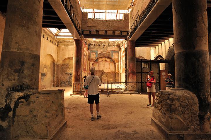 エルコラーノ遺跡の内部 ©Fototeca ENIT photo: Gino Cianci 写真提供:イタリア政府観光局