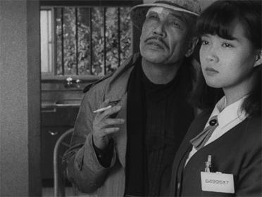 『部屋』 ©アンカーズプロダクション ©2012 鈍牛倶楽部/ピクチャーズデプト/園子温