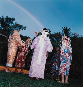 東松照明写真展『光源の島』より