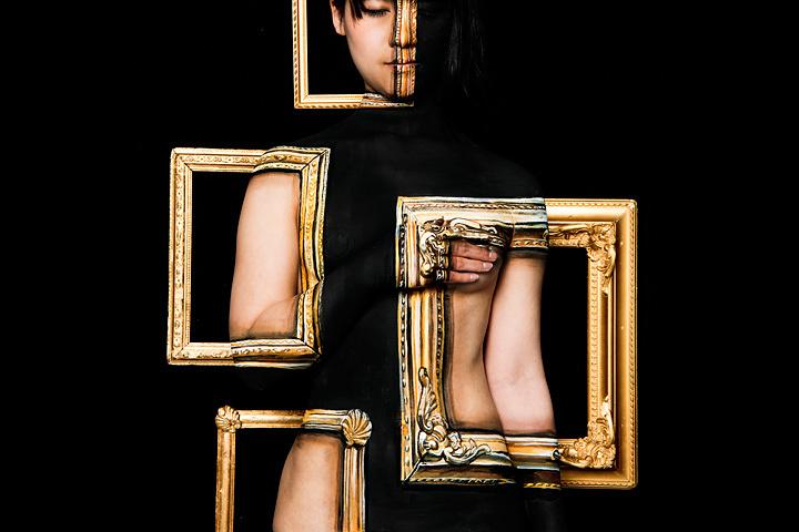 チョーヒカル『ART アート』 モデル:北見えり 写真:ただ