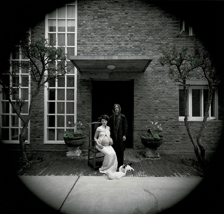 榮榮&映里『草場地、北京 2004年 No.2』 ゼラチン・シルバー・プリントに手彩色