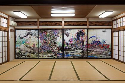 梅沢和木『彼方クロニクル此方』展示風景(『カオス*ラウンジ新芸術祭2015 市街劇「怒りの日」』出品作品)