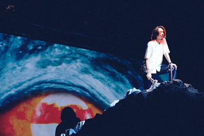 『怪獣の教え』舞台写真