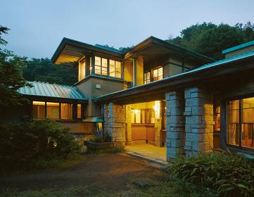 加地邸(葉山)の夕景 photo:workshopSA