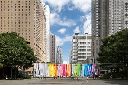エマニュエル・ムホー『100 colors no.3』新宿中央公園 『新宿クリエイターズ・フェスタ2014』