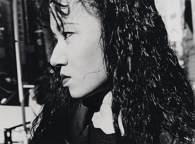 Michio Yamauchi『Tokyo (Shinjuku)』1992 Gelatin silver print Image size: 39.9×54cm Paper size: 46.9×55.9cm ©Michio Yamauchi