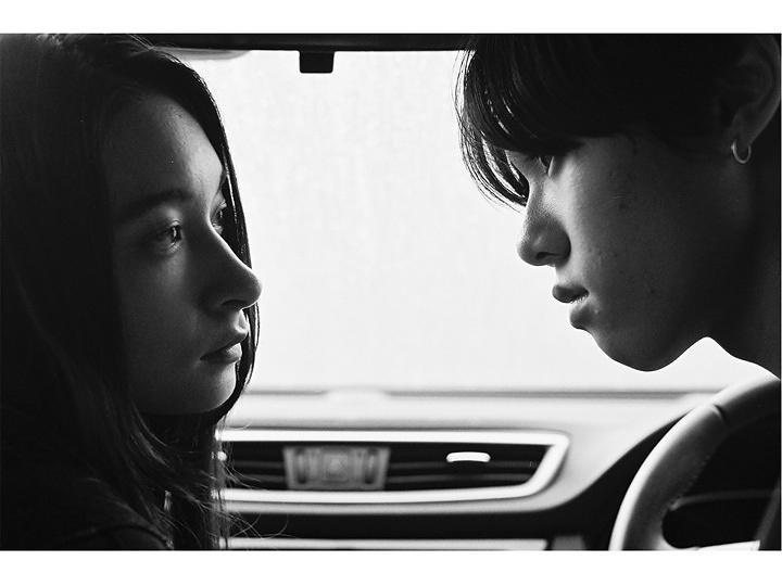 SHE.×東海林広太『radiant』イメージビジュアル