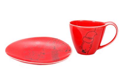 ジェリー・ローペ トムテ コーヒーカップ レッド 税込2,160円 プレート レッド 税込1,080円