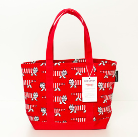 リサ・ラーソン マイキーバッグM(赤)税込12,960円 ©Lisa & Johanna Larson