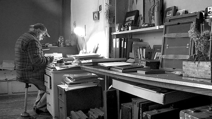 『Don't Blink ロバート・フランクの写した時代』 Photo of Robert Frank by Lisa Rinzler, copyright Assemblage Films LLC