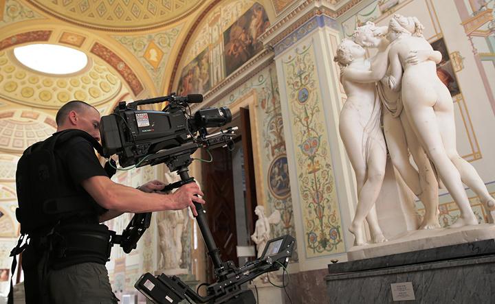 『エルミタージュ美術館 美を守る宮殿』 ©Copyright 2014 by Foxtrot Films