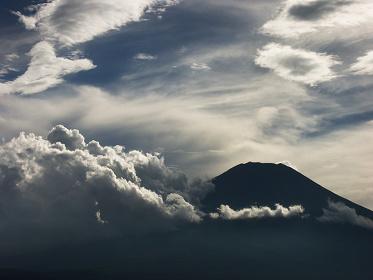 『Ascent/アセント』(監督:フィオナ・タン) Photo: 遠藤進 ©Fiona Tan