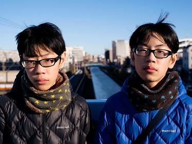 鈴木むらさき『ふたご写真展 柊』イメージビジュアル