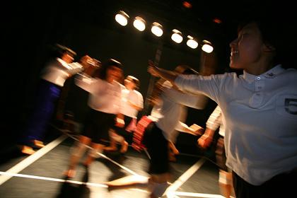『ハロースクール、バイバイ』 撮影:飯田浩一(2010年初演)