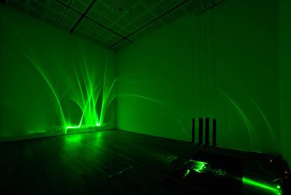 志水児王『72.75』東京藝術大学美術館 2010 ©Tomoe Murakami