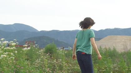 小森はるか+瀬尾夏美『波のした、土のうえ―置き忘れた声を聞きに行く』映像 24分  2014