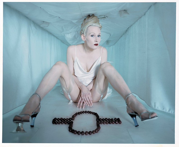 マシュー・バーニー『CREMASTER 1』1995 Photo Michael James O'Brien ©Matthew Barney, courtesy Gladstone Gallery, New York and Brussels