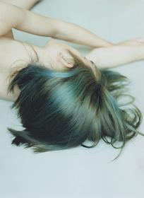 『green hair』2015 ©Mayumi Hosokura, Courtesy of G/P gallery