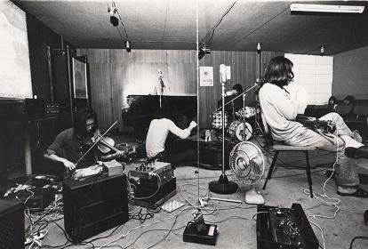 タージ・マハル旅行団 ピット・イン,ニュー・ジャズ・ホール (1970年)山崎博 撮影