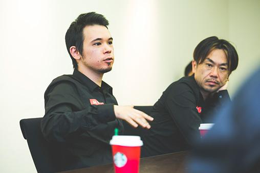 左から:LEO今井、ゴンドウトモヒコ