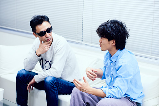 左から:カンパニー松尾、松居大悟