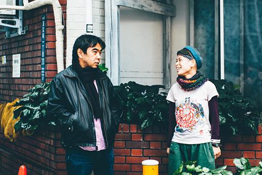 左から:野田隆司、タテタカコ