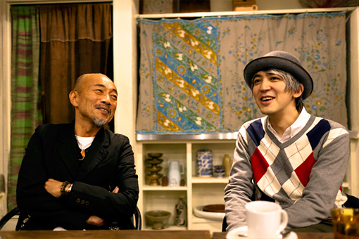 左から:竹中直人、近藤研二