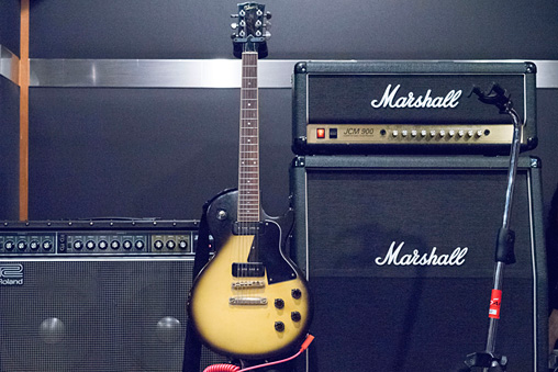 Gibson「Les Paul Deluxe」