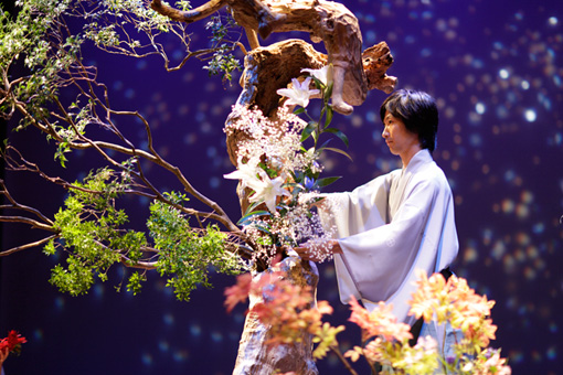 『花方』~第一章「星逢いの宴」公演の様子 撮影:岡本隆史