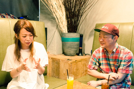 左から:えつこ、柿澤秀吉