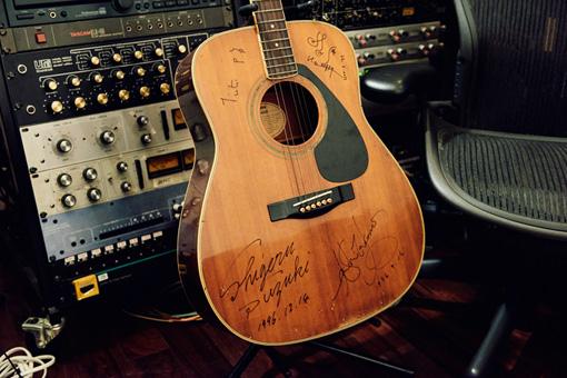 YAMAHAアコースティックギター
