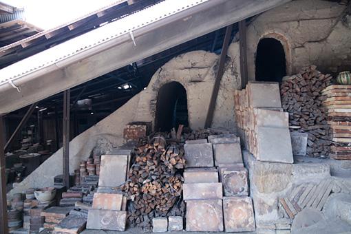 瀬戸本業窯の登り窯。現在残っている焼成室は4室のみだが、昔はあと10室あったそう