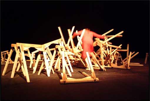 カミーユ・ボワテル『ヨブの話―善き人のいわれなき受難 L'hommedeHus』 / PHOTO:OLIVIER CHAMBRIAL