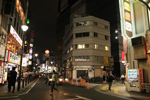 『「また明日も観てくれるかな?」~So see you again tomorrow, too?~』の会場となる歌舞伎町商店街振興組合ビル