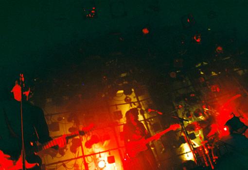 THE NOVEMBERSライブ風景 ©Yusuke Yamatani