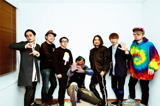 左から:山崎連基、鶴岡雅浩、スミス、志賀匠、田辺秀伸、YGQ(BOZO&YGQ)、BOZO(BOZO&YGQ)。座談会参加メンバーの熱望で、欠席した志賀の写真を合成。