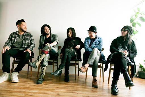 左から:山㟢廣和(toe)、Nobukata Kawai(envy)、Takaakira 'Taka' Goto(MONO)、青木ロビン(downy)、Atsuo(Boris)