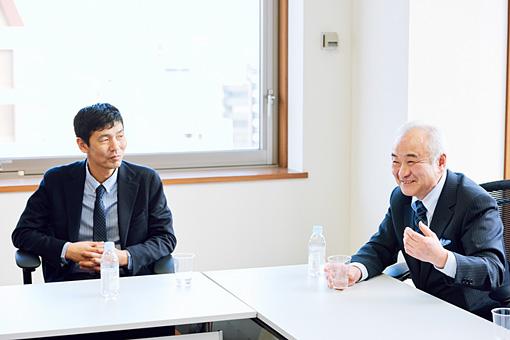 左から:徳田健一郎(硫黄島地区会)、齋藤寛幸(ノルテ・ハポン)