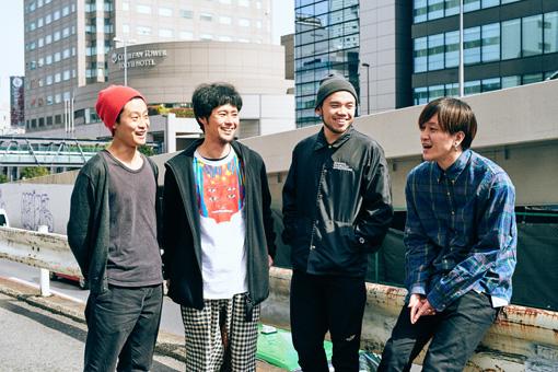 左から:馬喰町バンド(織田洋介、武徹太郎)、MOROHA(AFRO、UK)