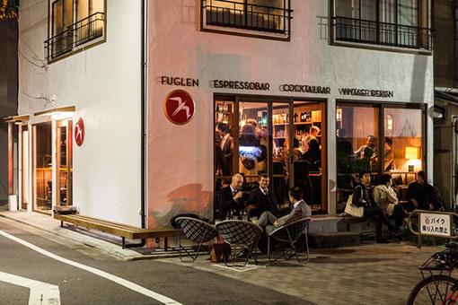 バータイムも人気の「FUGLEN TOKYO」