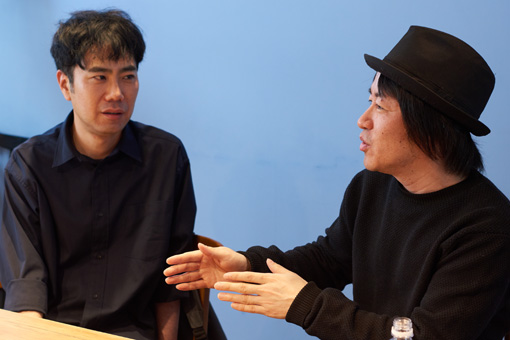 左から:藤井隆、鈴木圭介(フラワーカンパニーズ)