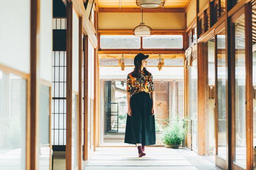 数奇屋造りの母屋。春花園BONSAI美術館には15の和室に床の間があり、四季折々の盆栽が飾られる